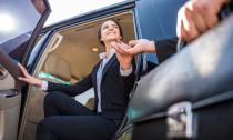 Luxus autó - Ha külföldi partnerek érkeznek a céghez